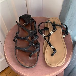 ✨3 for $15✨ Two Pairs of Black Flat Sandals